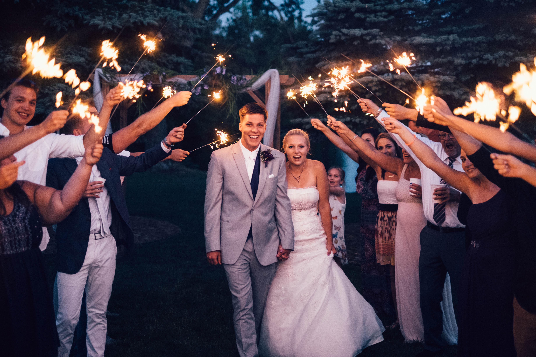 Sparklers For Wedding.Long Lasting 36 Wedding Sparklers For Your Wedding Send Off